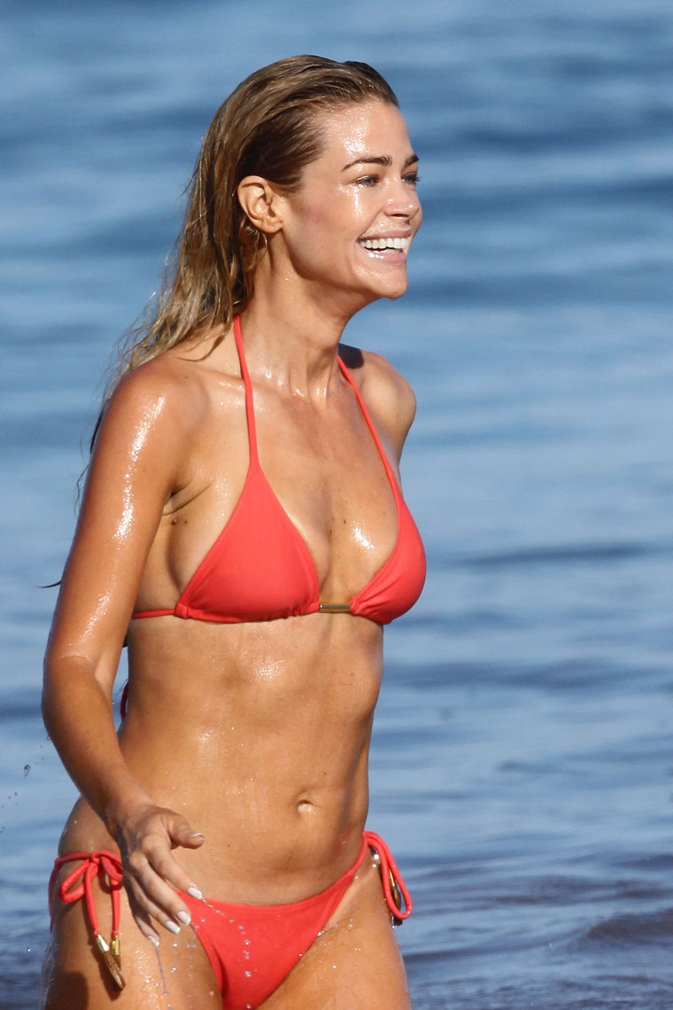 0701 denise richards bikini 04 fat girls non nude pictures