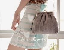 Gray Shoulder bag: กระเป๋า สะพายข้าง งานผ้า สีเทา
