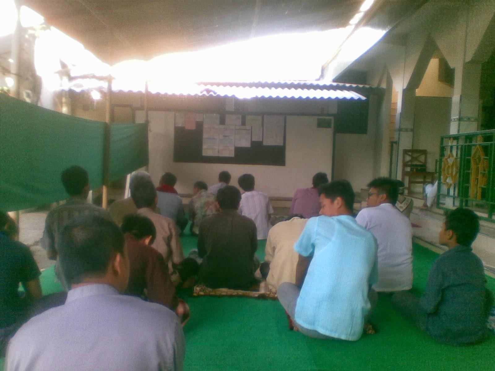 Suasana Khotbah Eid-ul-Adha di Serambi Selatan