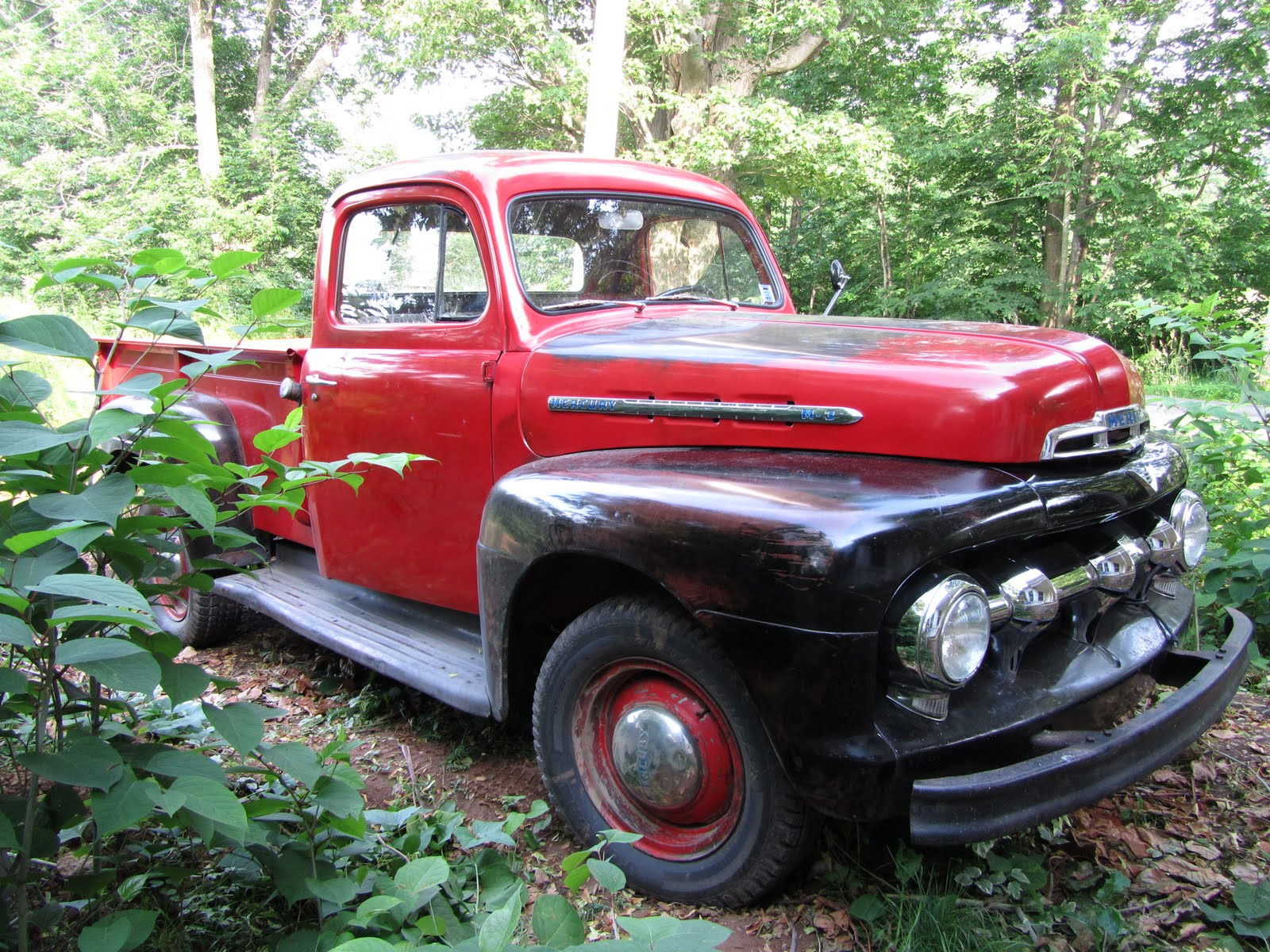 It s a 1951 mercury m 3 1 ton pickup original unrestored canadian from april 1946 until march 23 1968 mercury trucks were built and sold in canada