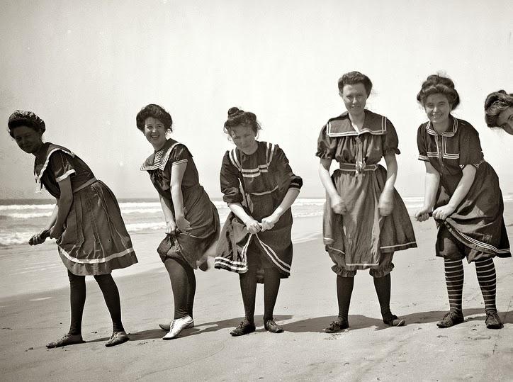Corseter a reductora historia del traje de ba o del - Costume da bagno anni 30 ...