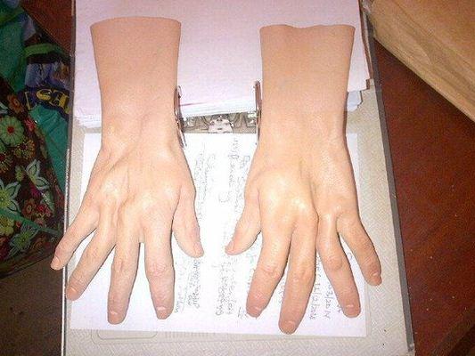 Anon Hands