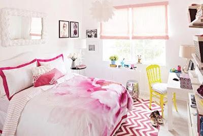 dormitorio chica con paredes blancas