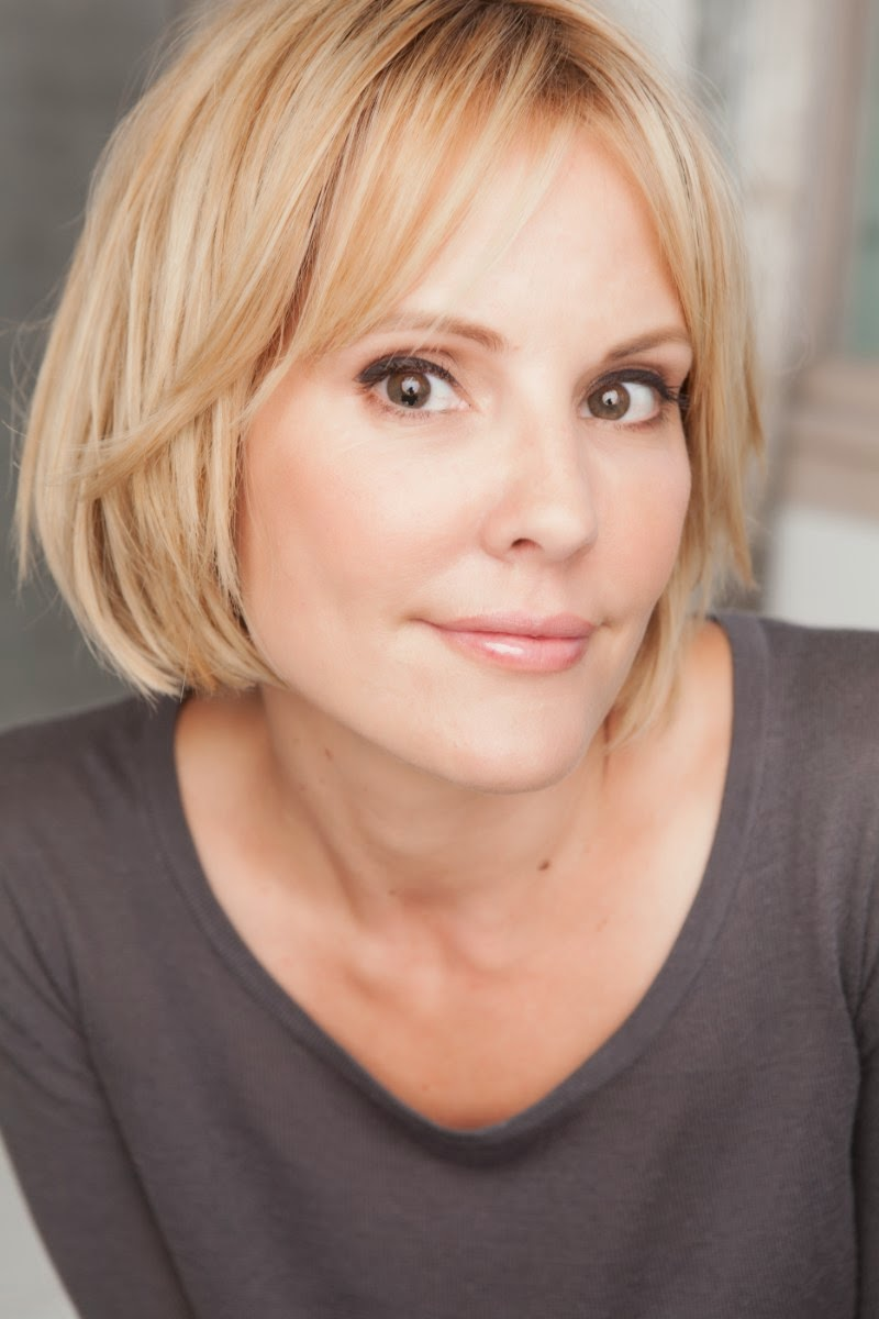 picture Emma Caulfield
