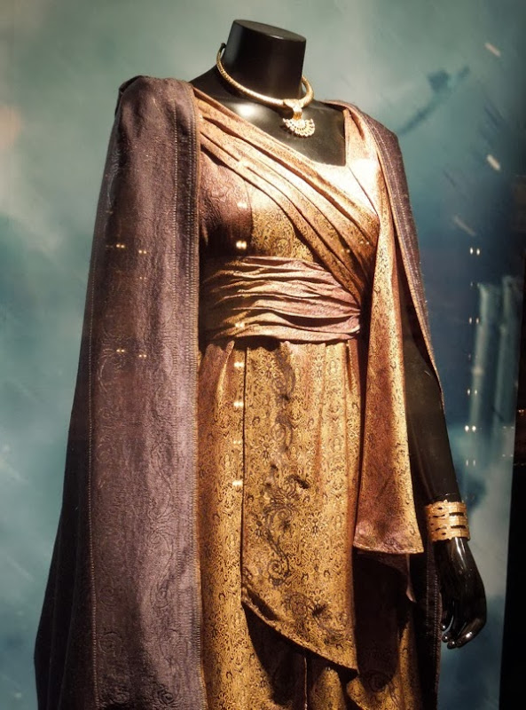 Jane Foster Asgard costume Thor Dark World