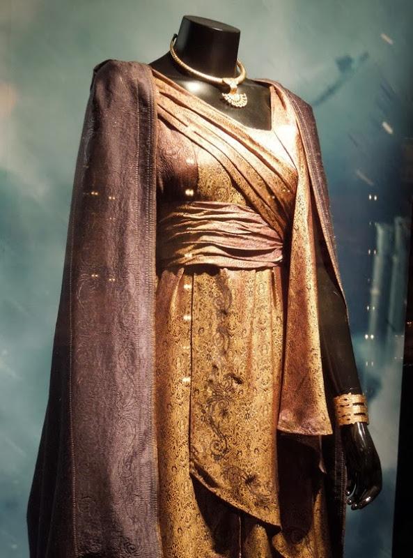 Jane Foster Asgard costume Thor Dark World