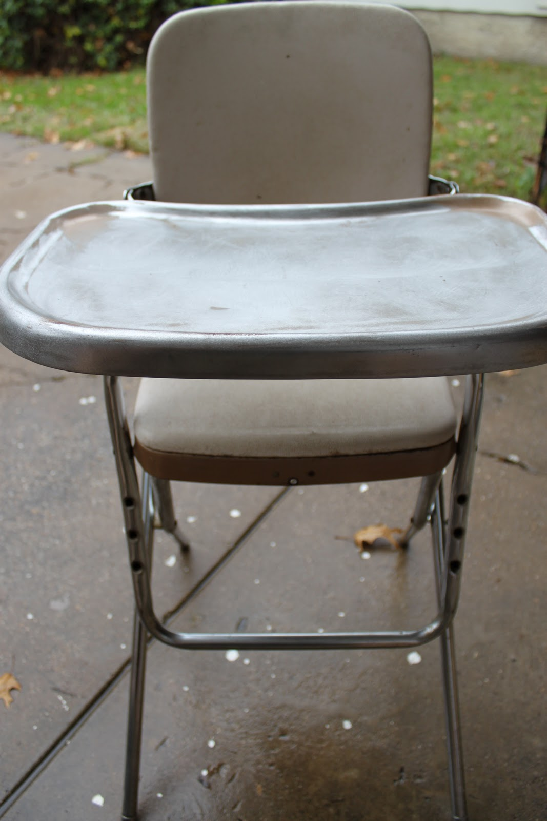 Antique metal high chair - As Eternal Optimists Betsy And I Saw Lots Of Potential I Took The Ugly Duckling Home And It Sat In The Garage For A While Until We Had Time To Get The