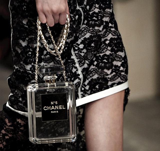 Clutch perfume chanel
