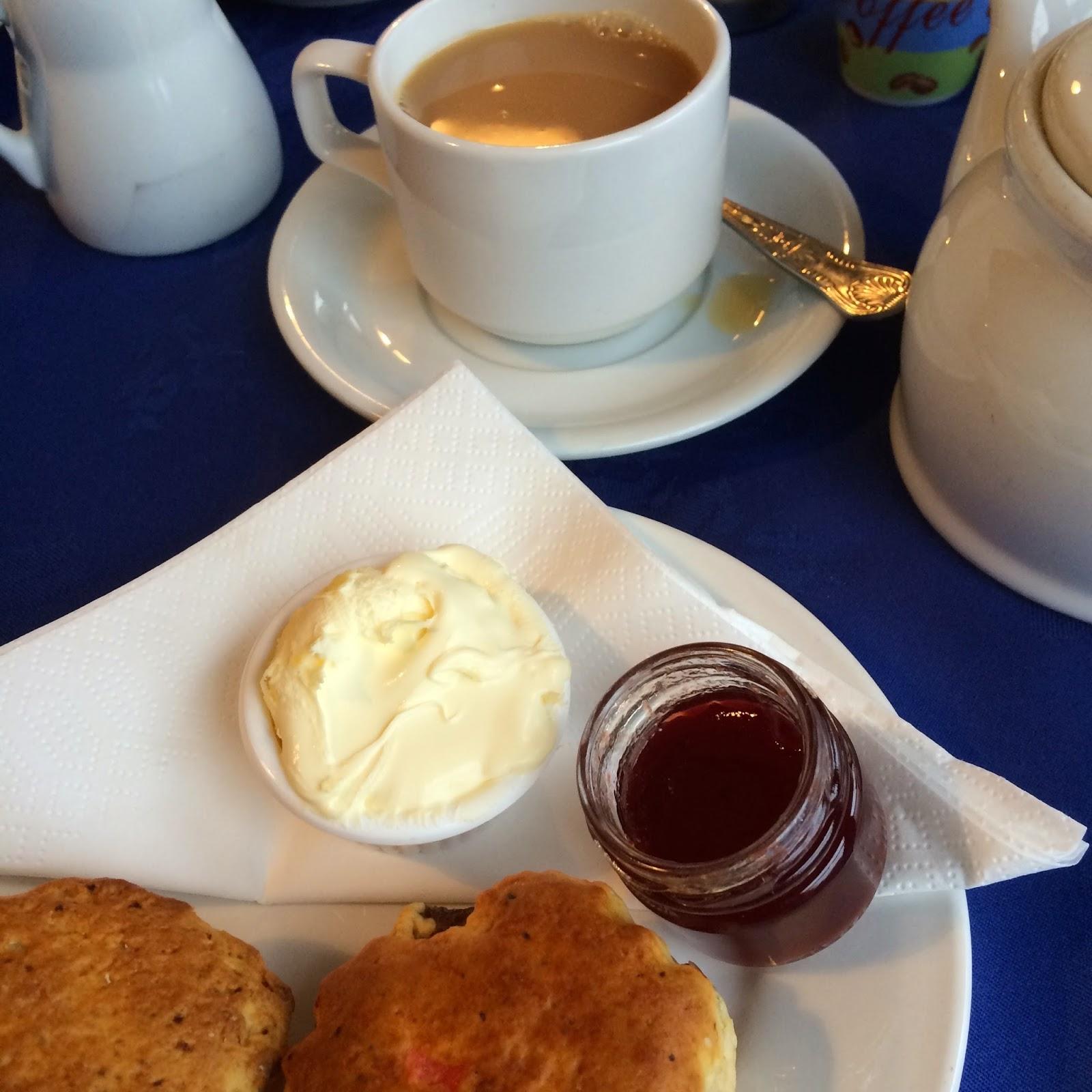 cream tea, English afternoon tea