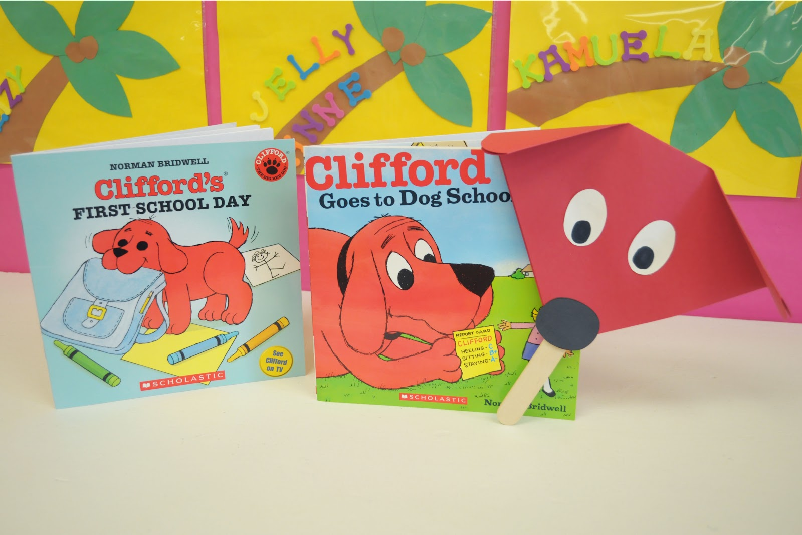 we read clifford goes to dog school clifford s first school day then ...
