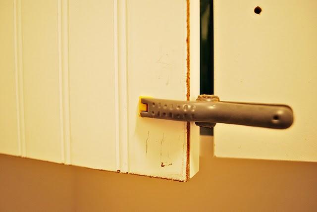 how to make beadboard cabinet doors
