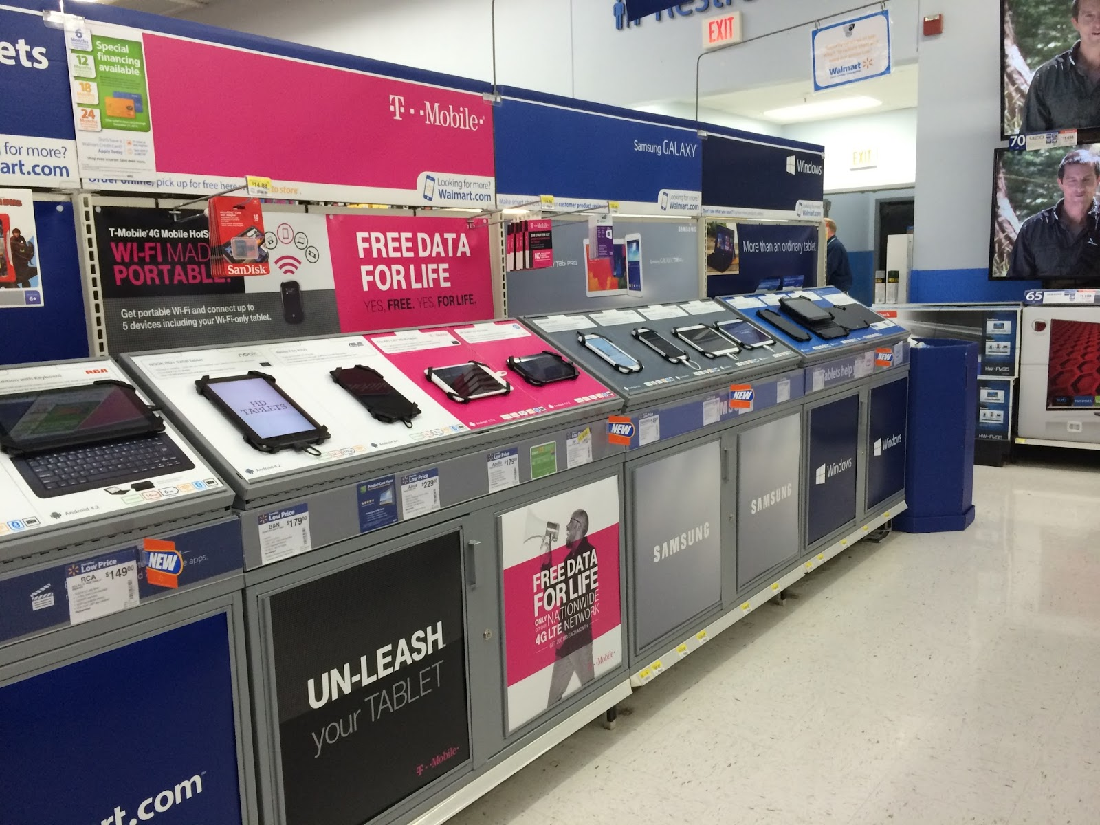 walmart_tablets TMobile Free Data  #TabletTrio #CollectiveBias #shop
