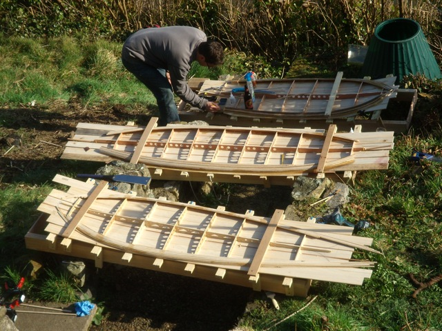 build hollow wooden surfboard