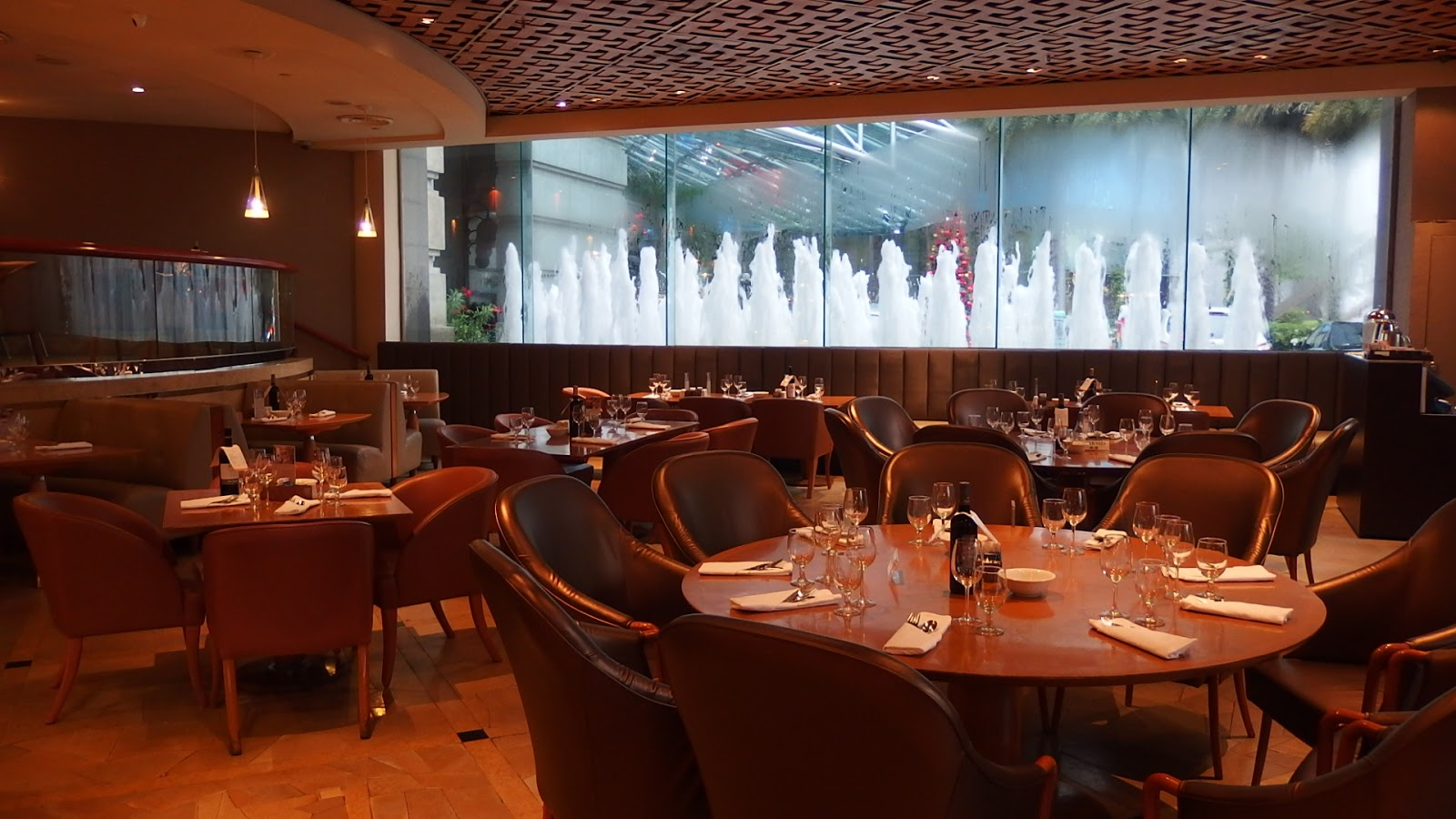 Dinner Buffet At Town Restaurant 1 Fullerton Square The Hotel Singapore Lobby Level 049178 Reservation 6877 8128