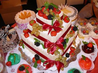 Riquísimo pastel con frutas frescas del huerto