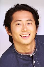 What is the height of Steven Yeun?
