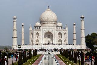 Misteri Dibalik Keindahan Taj Mahal Yang Fenomenal