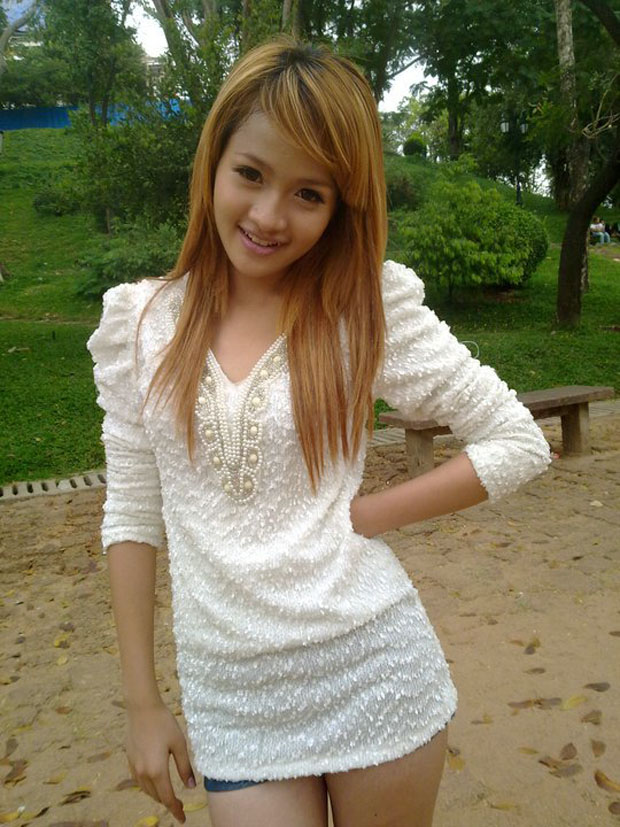 Christina hot cambodian women naked fucking with