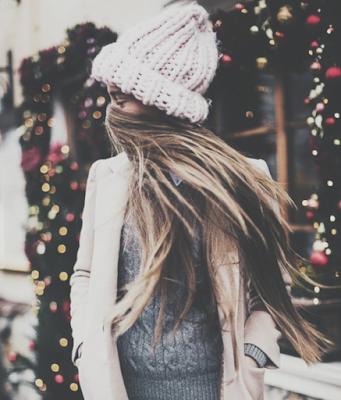 Es Diciembre en las calles Susurros del tiempo