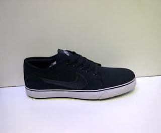 Sepatu Nike Toki Lite Murah