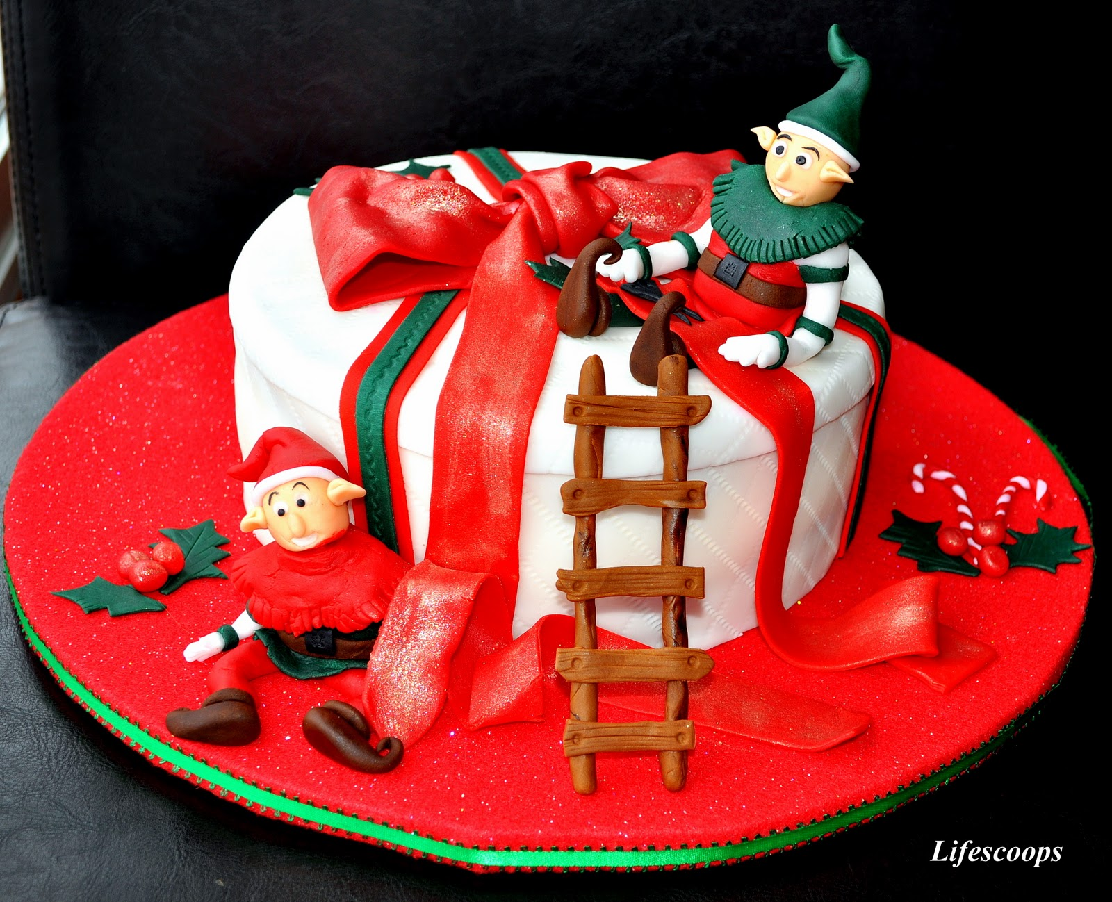 Life Scoops: X'mas Cake - Santa's Elves at Work (Spiced ...