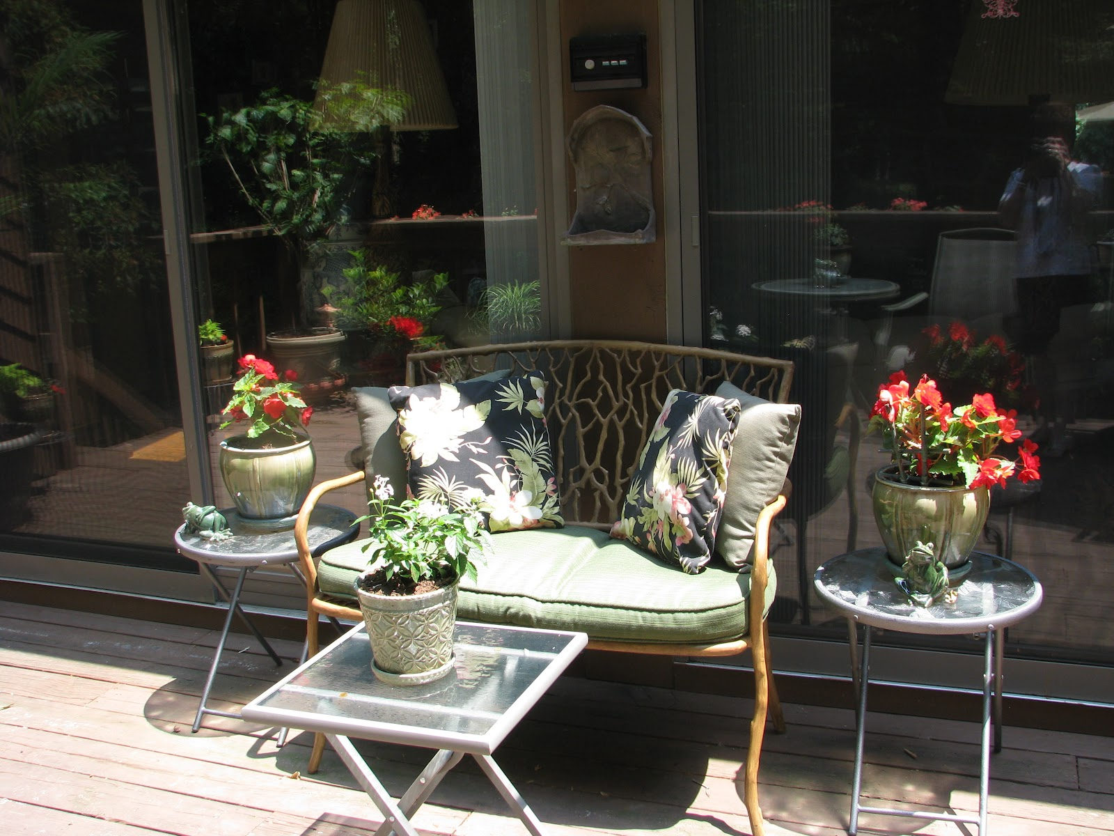 Designs by Pinky: ~~~Summertime: Front porch and Back Deck!!!