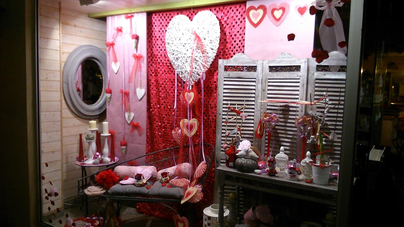 Ma tre artisan fleuriste mars 2014 - Deco st valentin vitrine ...