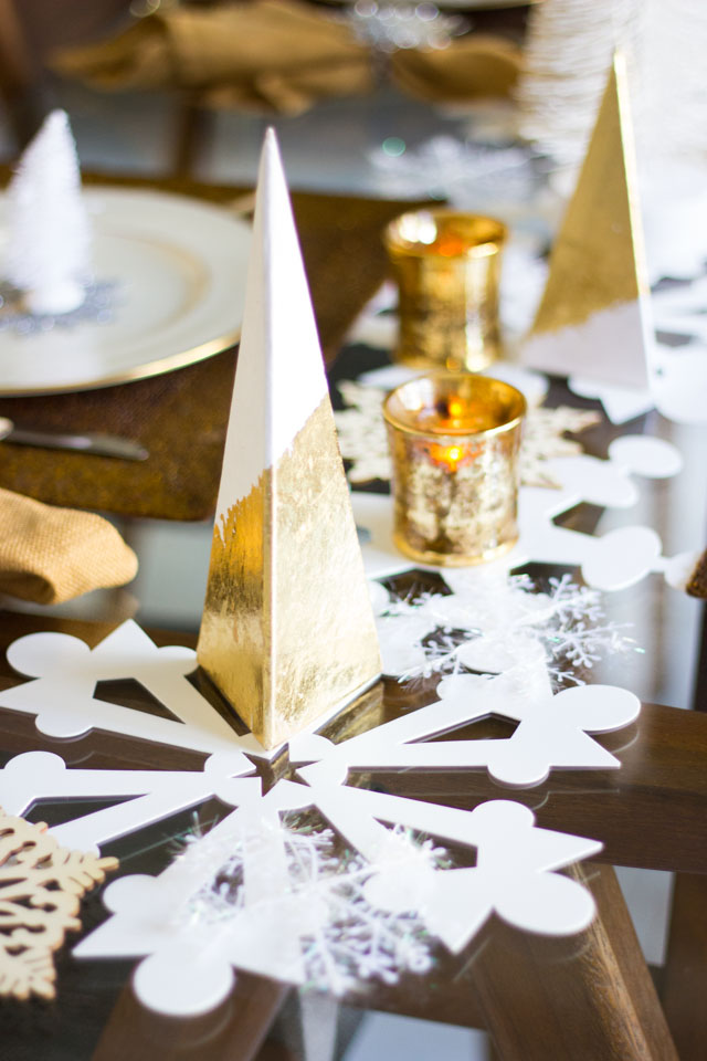 modern metallic Christmas trees . : winter wonderland table settings - pezcame.com