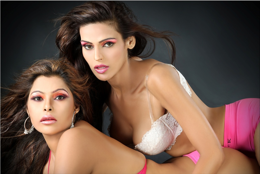 Yasmeen Khan And Rimpa Tiwari In Lesbian Shoot With Shaan Graphy