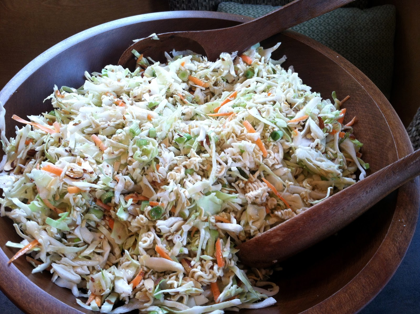 Teach Me How To Cookie: Cabbage & Ramen Noodle Salad