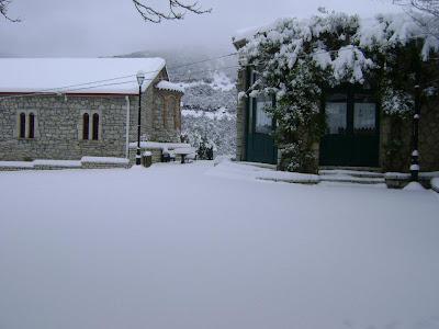 http://2.bp.blogspot.com/-eOWD1aOklDw/T0Z2Zo4vMLI/AAAAAAAAAfw/9mvi1r7scSA/s1600/wintersopoto2.jpg