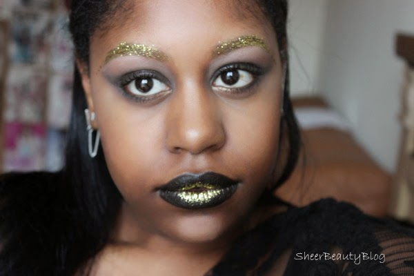 gold glitter makeup look