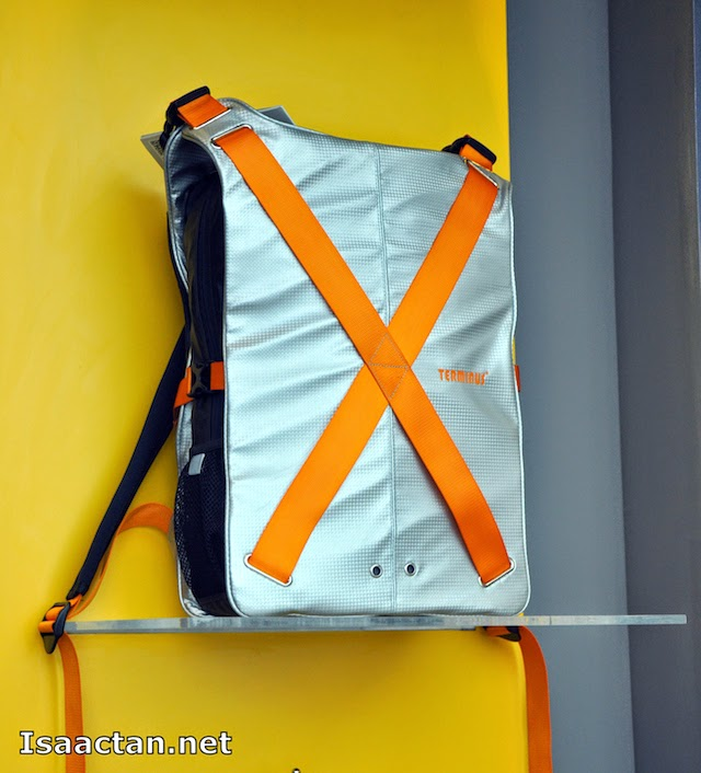 Another one from the Terminus's X-Series : Sport Bag