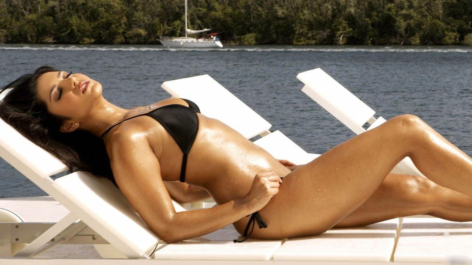 Katrina Kaif With Bikini Hd Images