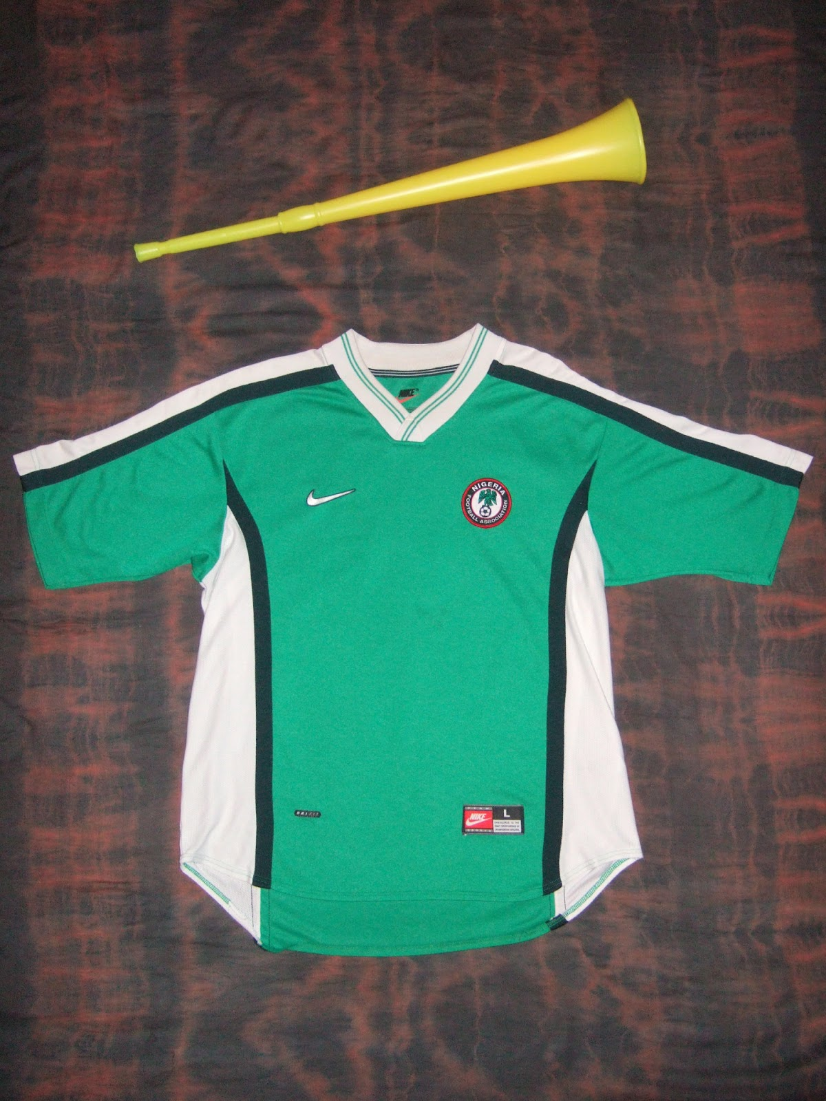 Shirt design in nigeria - A Nice Design By Nike Rather Unlike Any Other Shirt In My Possession The Material Is Quite Heavy Duty And The Badge Is Nice Quality