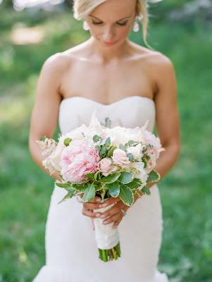 les fleurs : blush bridal : white roses
