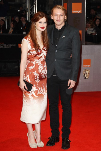 Twilight Memories Saga: Jamie Campbell Bower y Bonnie Wright juntos en  longitude swimwear fredricks plus size maternity swimwear swimwear separates