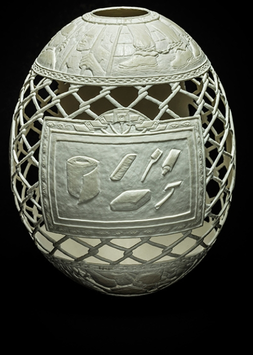 10-Reception-Fresh-Fish-Gil-Batle-Hatched-in-Prison-Carvings-on-Ostrich-Eggs-www-designstack-co