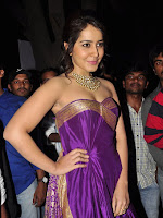 Rashi Khanna sizzing at Bengal Tiger Platinum disk function-cover-photo