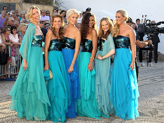How To Be Stunning: Bridesmaid Dresses and some Bridal Humor