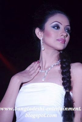 Bangladeshi Model Actress Dilruba Yasmin Ruhi
