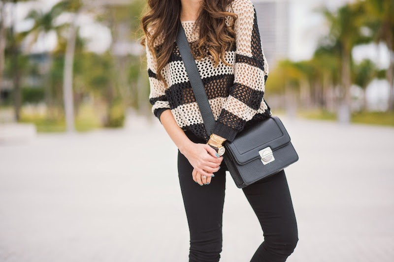 miami fashion blogger, fashion blogger, nany's klozet, daniela ramirez, sperry, ray ban, striped sweater, skinny jeans