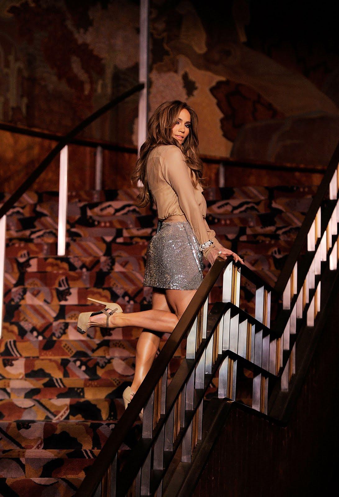 http://2.bp.blogspot.com/-ePTVAjG_aFI/Te_cxcYzccI/AAAAAAAAH80/wM6L67rTwg0/s1600/Jennifer_Lopez_Gillette_Venus_Global_Ambassador_053_122_457lo.jpg