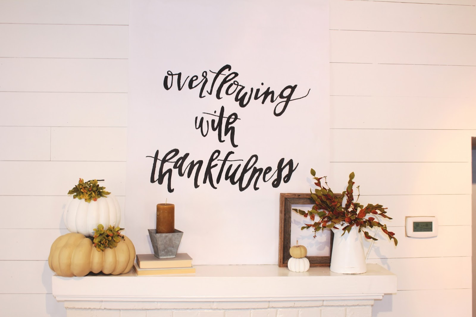 Thanksgiving Mantle Decor | The Pineapple Porch
