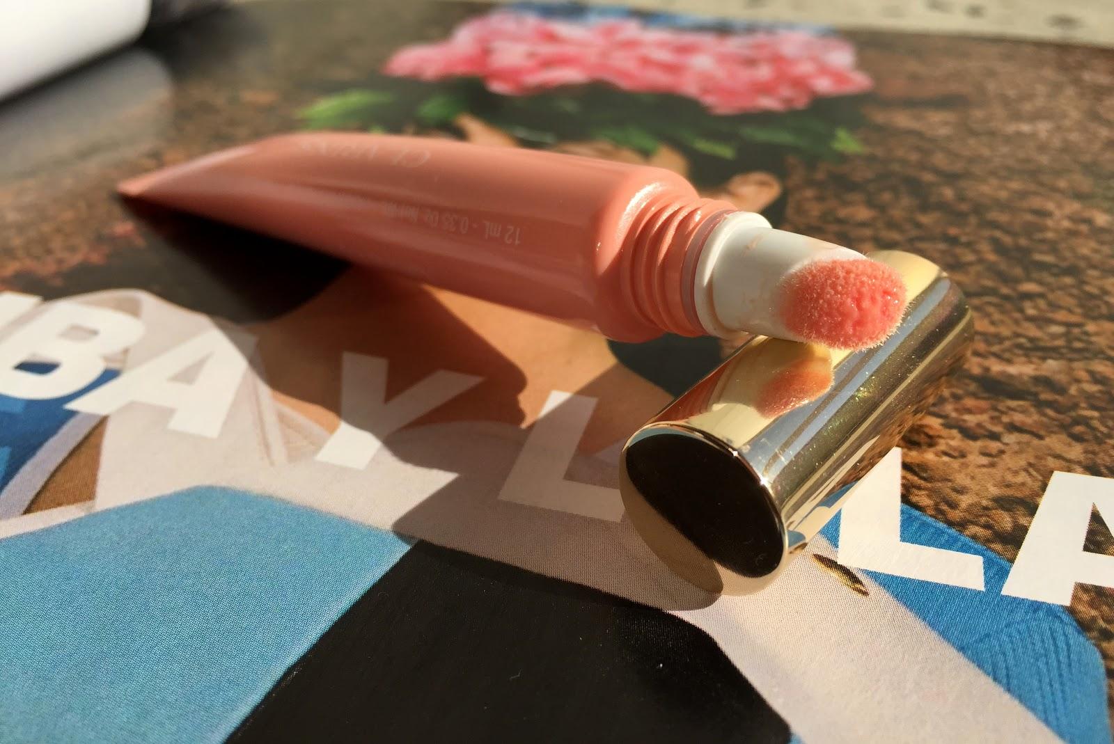 Clarins Instant Light Lip Perfector, Clarins instant light lip perfector, Clarins lipstick, Calrins instant light lip, Clarins lip gloss, Clarins lip balm, Clarins instant light apricot shimmer, apricot shimmer, apricot shimmer review