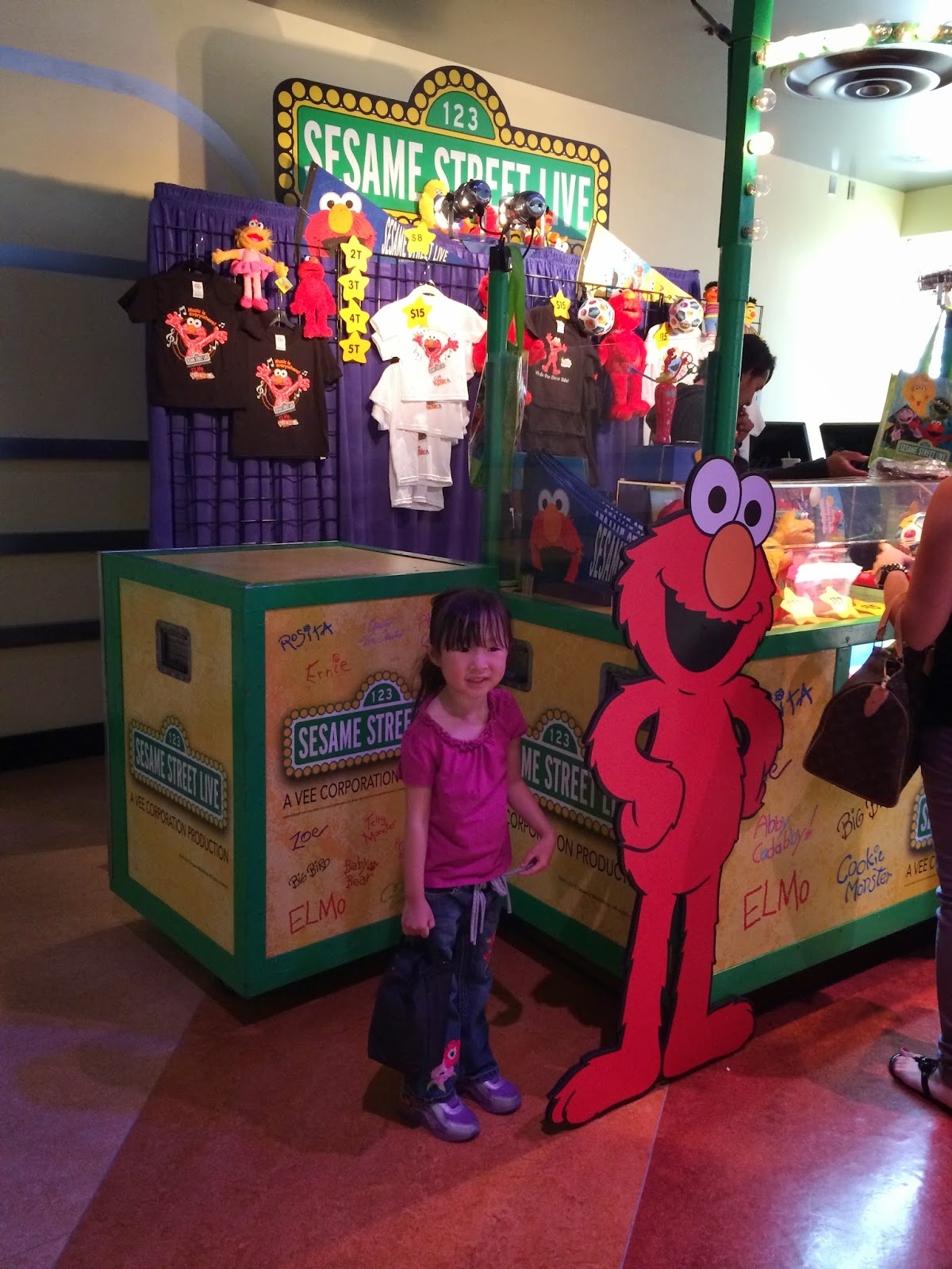 Review sesame street live make a new friend show fun things to do