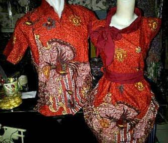 Batik bola sarimbit