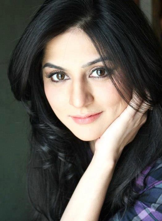 Sanam Baloch (Actress) | Biography Pages