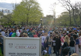 University of Chicago Scavenger Hunt picture, Scavenger Hunt Guinness World Record, University of Chicago Guinness World Record 2011, largest scavenger hunt in the world, world's largest scavenger hunt