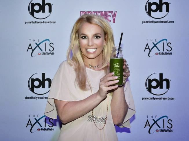 Britney Spears Enjoys Bee Effective From The Juice Standard